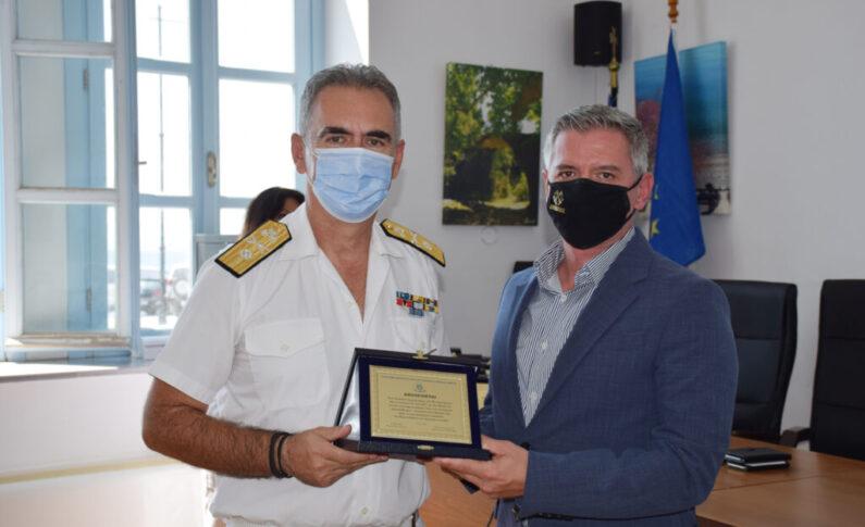 Διοικητής της 4ης ΠΕ.ΔΙ.Λ.Σ. Αρχιπλοίαρχος Λ.Σ. Κανάκης Χρήστος
